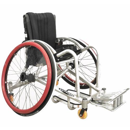 Wolturnus Rugby Defense wheelchair side view