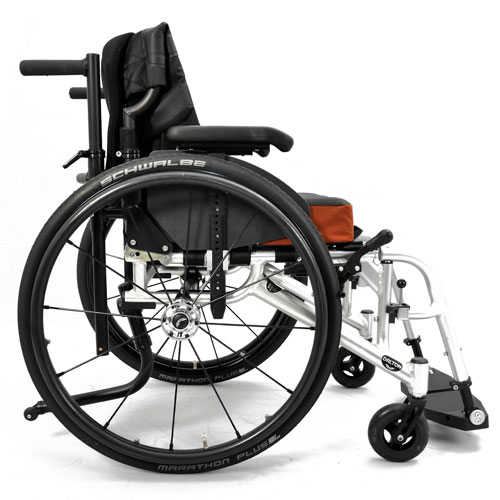 Wolturnus Dalton wheelchair right side view