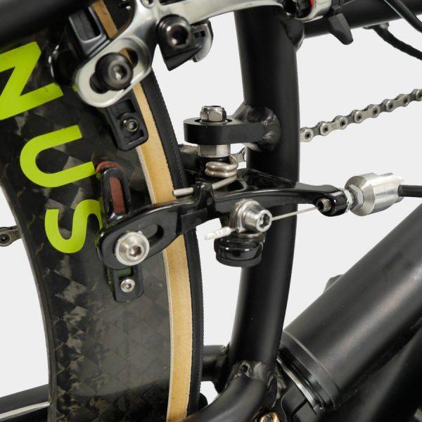 Wolturnus Racebike braking